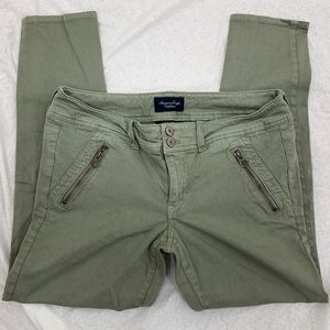 American Eagle Green Super Stretch Skinny Pants